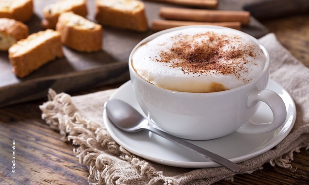 Querkochen Kaffee mit Schuss