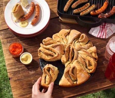 Grillbeilagen: Knoblauch-Zupfbrot - Bild