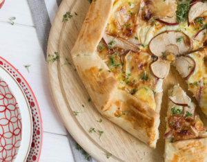 Camembert-Galette mit Apfel