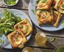 Tomatentaler mit Basilikumpesto