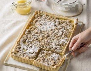 Apfelmus-Kuchen mit Streuseln